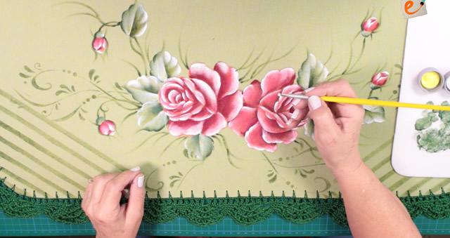 tapete emborrachado - pintura de rosas