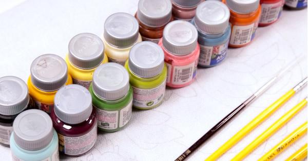 como combinar cores de tinta para tecido