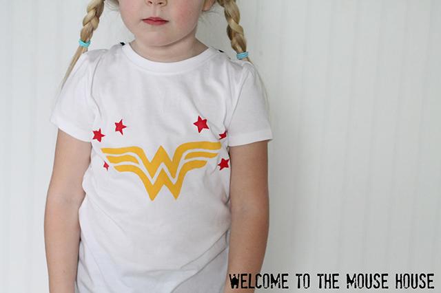 camiseta da mulher maravilha